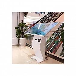 Máy Kiosk tra cứu thông tin ComQ Q-KIOSK 6582TMT P80QR